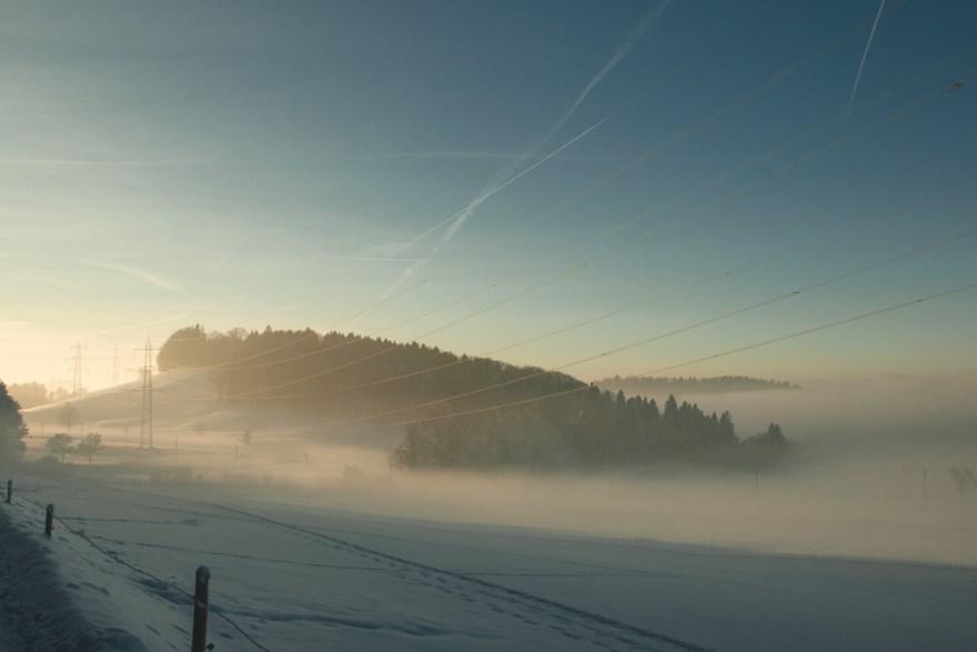 Elurra eta lanbroa (Snow and fog)