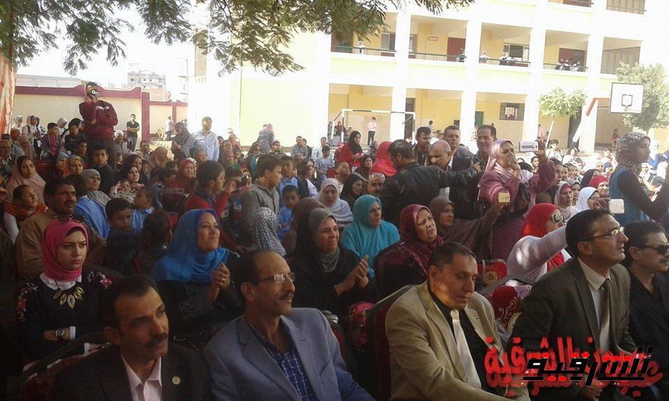 مدرسة الأمل للصم والتربية الفكرية بأبوحماد تحتفل بيوم المعاق وأعياد الطفولة