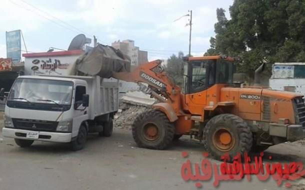 مجلس مدينة أبوحماد يستجيب لمطالب المواطنين برفع الأنقاض