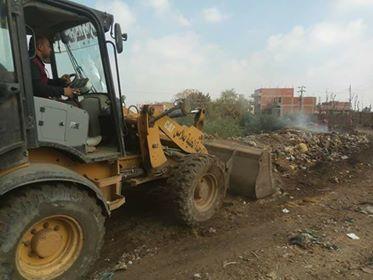 رفع القمامة وتمهيد الطرق بالوحدات المحلية بمنيا القمح
