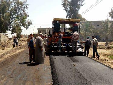 بدء رصف طريق قرية الصوينى بديرب نجم