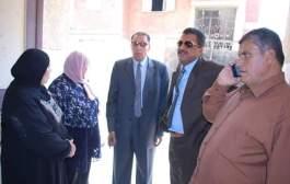 القيادات التنفيذية يتابعون سير العملية التعليمية بمدارس أبوحماد