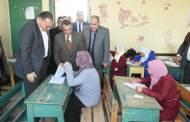 محافظ الشرقية يتفقد لجان إمتحانات الشهادة الإعدادية بالصالحية الجديدة (صور)