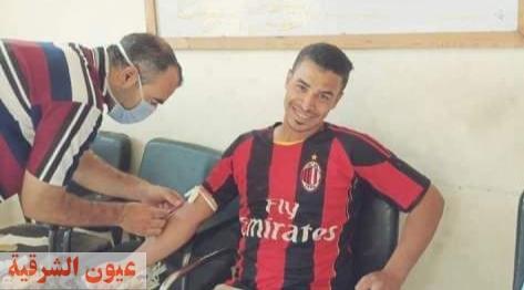 أعضاء مركز شباب المهدية بههيا ينظمون حملة للتبرع بالدم لصالح أبناء قريتهم