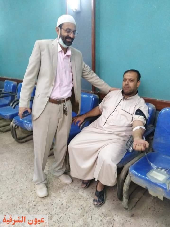للعام الثامن على التوالى…أهالى صفط الحنا فى أبوحماد يتبرعون ب٢٠٠ كيس دم