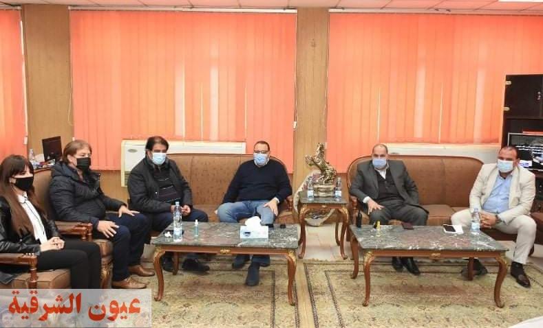 محافظ الشرقية يلتقي أعضاء مجلسي النواب والشيوخ عن دائرة أبو حماد والقرين