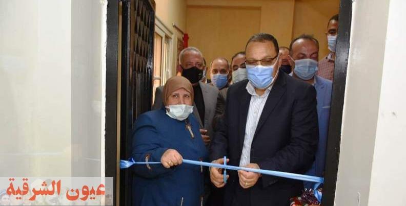 محافظ الشرقية يفتتح مركز خدمة المواطنين المُطور للبطاقات التموينية بمنشأة أبو عمر