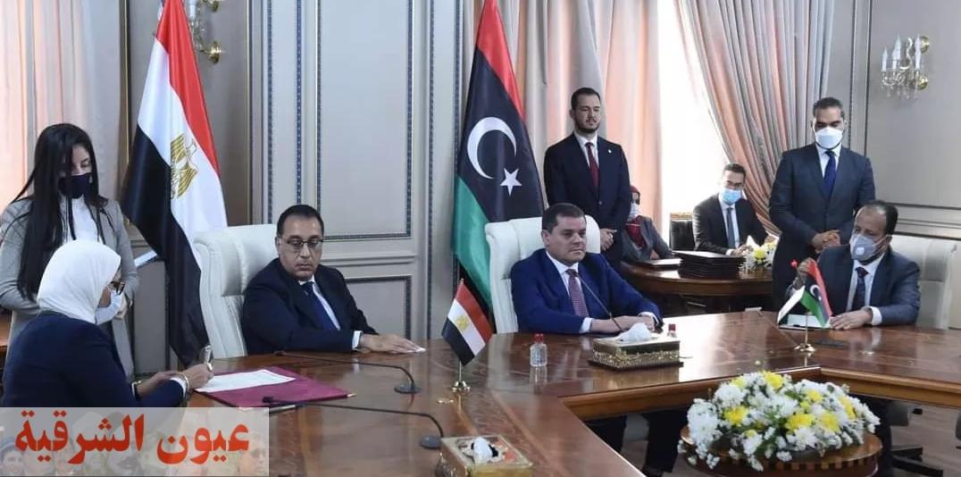 رئيس الوزراء المصري ورئيس الوحدة الوطنية الليبية يشهدان توقيع بروتوكول تعاون بين مصر وليبيا