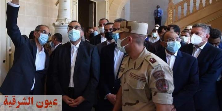 رئيس الوزراء يتفقد مشروع ترميم وإحياء قصر السلطان حسين