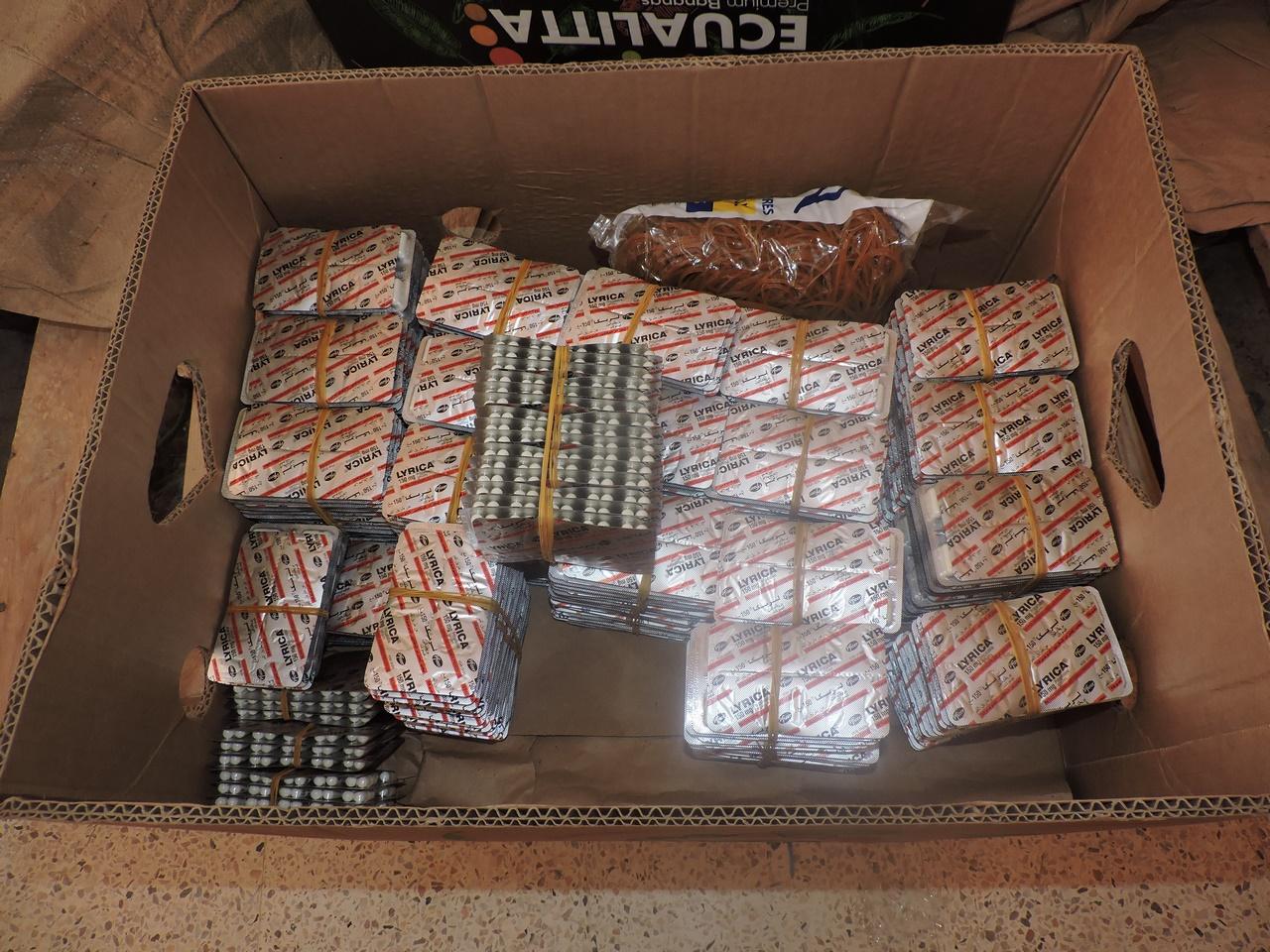 توقيف شخصين و حجز 29160 قرص من دواء ليريكا بأحد المستودعات بمدينة  قسنطينة