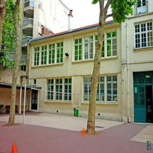 Cour du collège © cabinet Bloy - géomètre expert