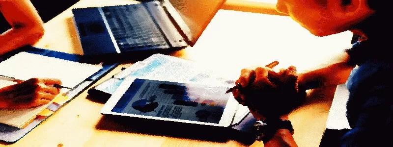 Svarstote, ar prisiimti finansinius įsipareigojimus? Ekspertė pataria, ko nereikėtų pamiršti