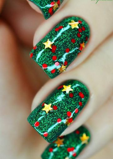 """""""Star Nail Art Designs With Lots of Tutorials and Ideas."""" Hative. N.p., 17 Sept. 2015. Web. 08 Dec. 2016."""