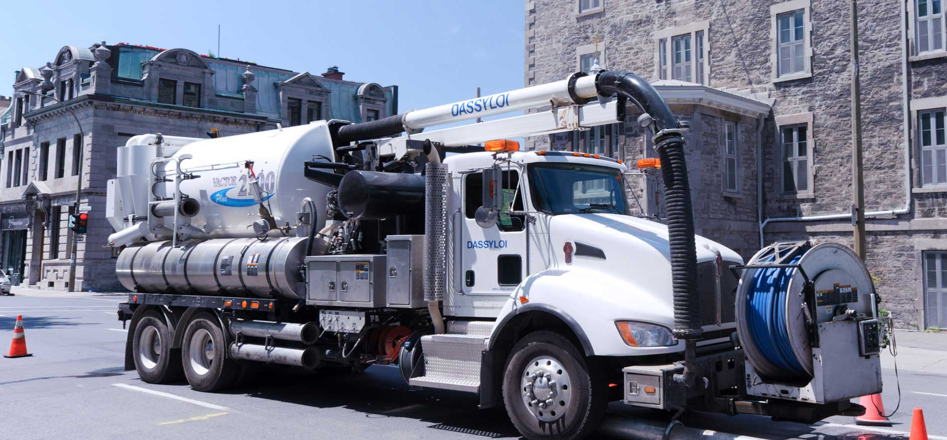 hight resolution of vac trucks