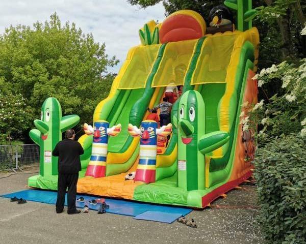 Air2jeux - Sortie d'une nouveauté le Nevada Slide, toboggan et jeu gonflable.