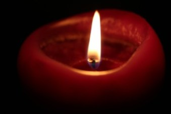candle-218699_960_720