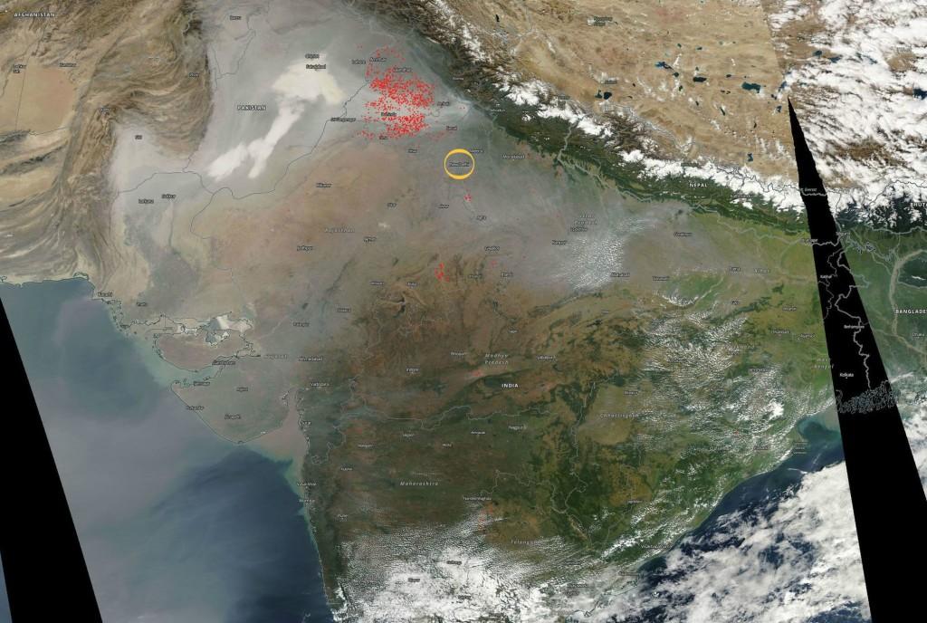 Le réchauffement climatique... - Page 4 Pollution-inde-espace_5973492-1-1024x688
