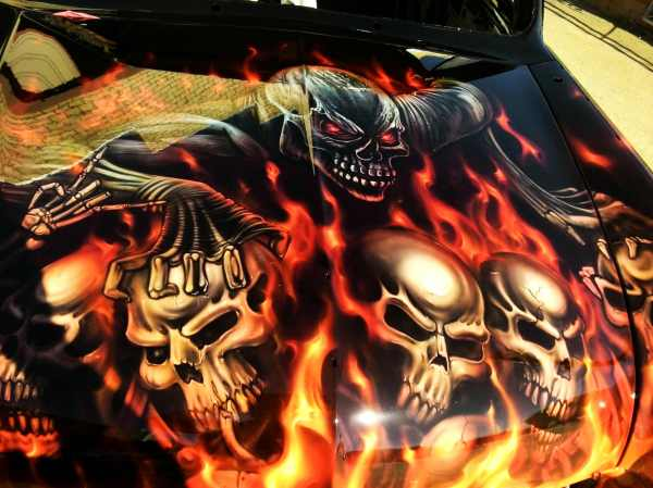 Compact Ford Skulls And Flames Airbrush Art Usa