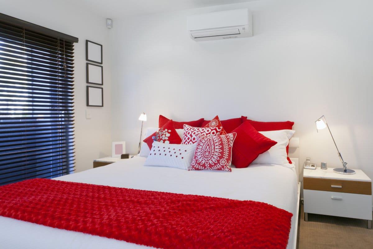 Airco in de slaapkamer plaatsen mogelijkheden en hun prijzen