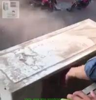 soplar el condensador con el equipo encendido