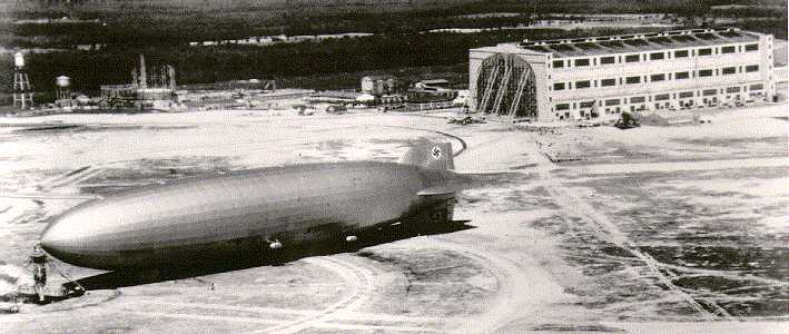 Lakehurst_NJ_Hindenburg.jpg