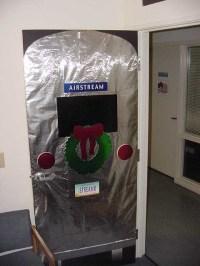 Office Door: Ideas To Decorate Office Door For Christmas