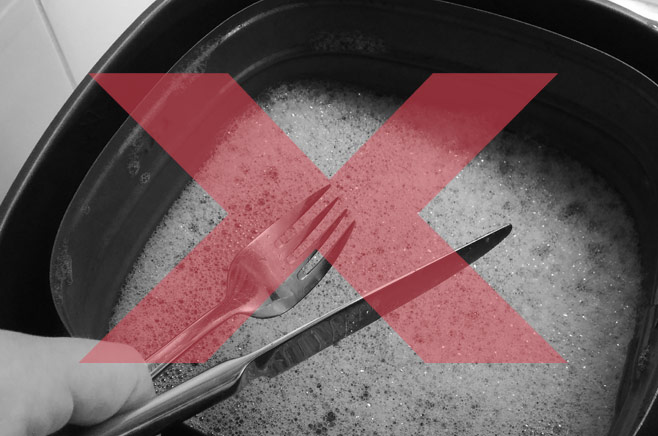 do-not-use-sharp-objects-air-fryer-cleaning