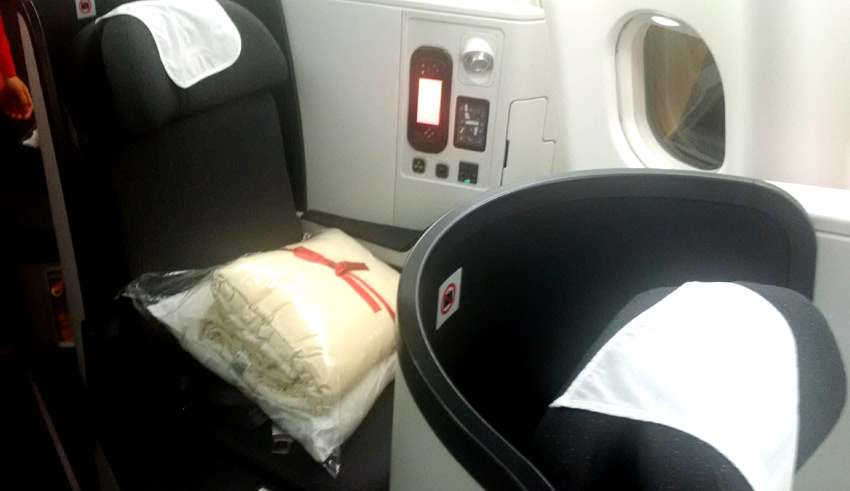 Flight Report Bogota to London in Avianca business class  SKYTRAX