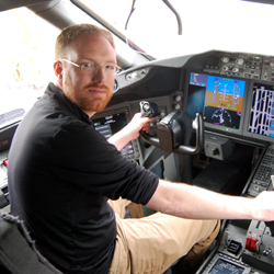 Blaine Nickeson in the flight deck of a LAN Boeing 787-8 Dreamliner
