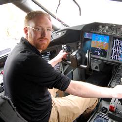 Blaine Nickeson in the flight deck of a LAN Boeing 787-8 Dreamliner