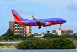 Southwest flight 1632 from FLL carried by N460WN, a B737.