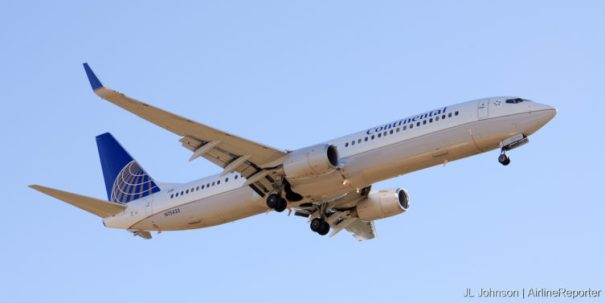 N75433, a shiny, less than two-years old Boeing 737-900ER spotted in Houston, December, 2010.