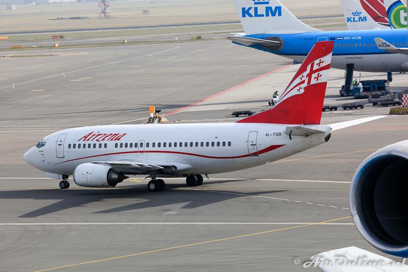 4L-TGR Boeing 737-59D Arizena / Georgian Airways