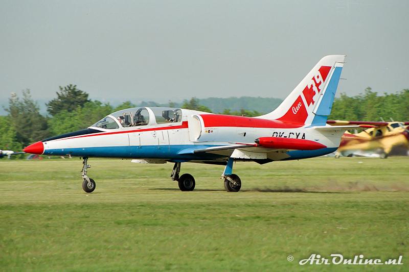 OK-GXA Let Aero L-39 Albatros (La Ferte Alais (F) 1991
