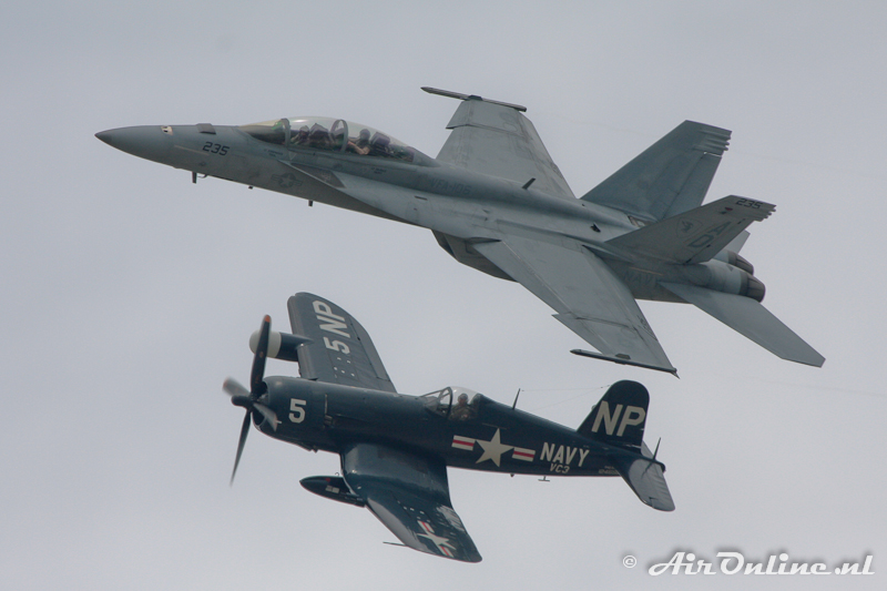NX45NL Vought F4U-5NL Corsair & 166458 AD-235 Boeing F/A-18F Super Hornet VFA-106 Gladiators Dayton 2011