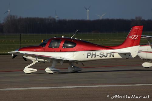 PH-SJN Cirrus Aircraft SR22 GTS