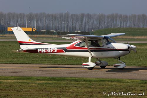 PH-4F3 Airlony Skylane