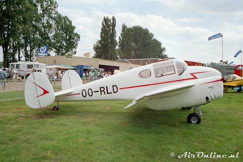 OO-RLD Miles M.65 Gimini
