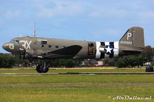 N473DC / 2100882 Douglas C-47 / DC-3 Dakota