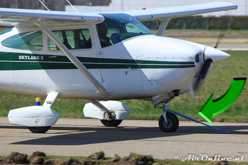 G-PBCL Cessna 182P Skylane with the tow-bar still attached!