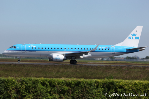 PH-EZC Embraer 190-100STD KLM CityHopper