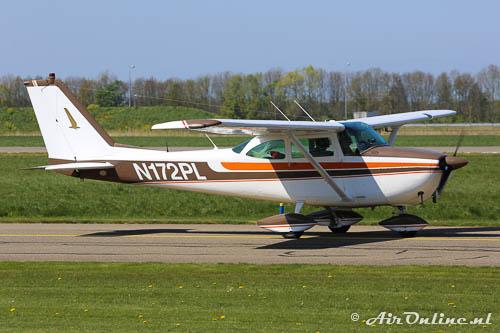 N172PL Reims/Cessna F172E Skyhawk
