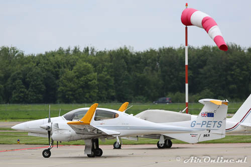 G-PETS Diamond DA-42 Twin Star