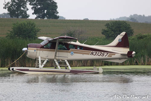 Cat. Waterplanes; N31357 De Havilland Canada DHC-2 Beaver Mk.I