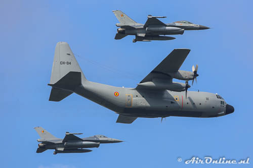 FA-177 + FA-69 + F-16AM + CH-04 Lockheed C-130H Hercules BAF tijdens de Belgian Air Force Days in september 2014