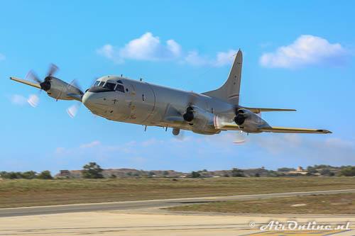 60+06 Lockheed P-3C Orion German Navy tijdens de Malta Airshow 2014