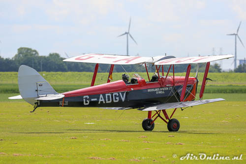 G-ADGV De Havilland DH-82A Tiger Moth II