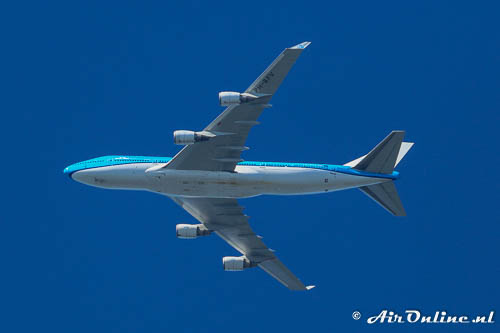 PH-BFV Boeing 747-406(M) KLM Royal Dutch Airlines overflying Lelystad