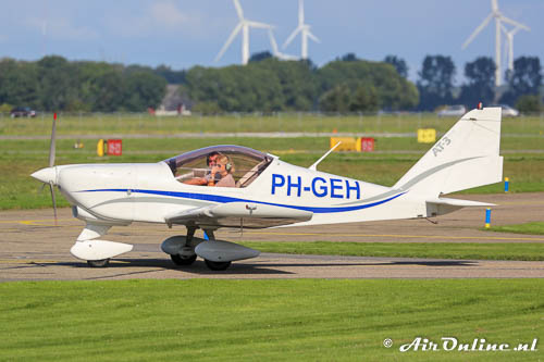PH-GEH Aero AT.3-R100