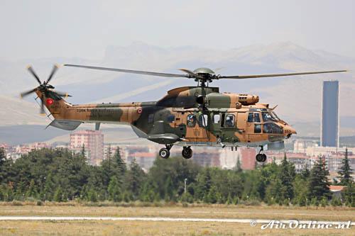 02-2553 Aerospatiale 332C Super Puma TuAF